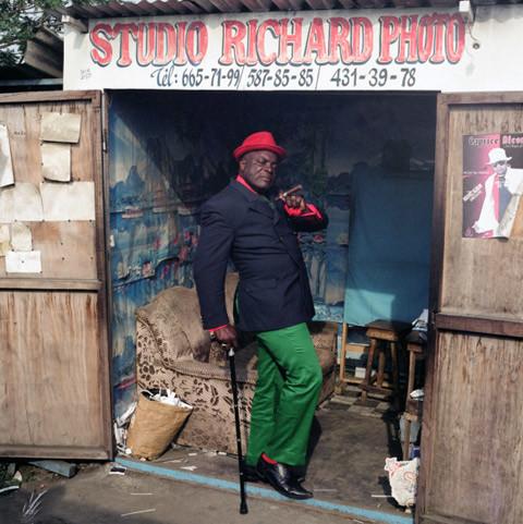 3 Serge le Temoin de Playboy & Co. Sartorial elegance in Congo