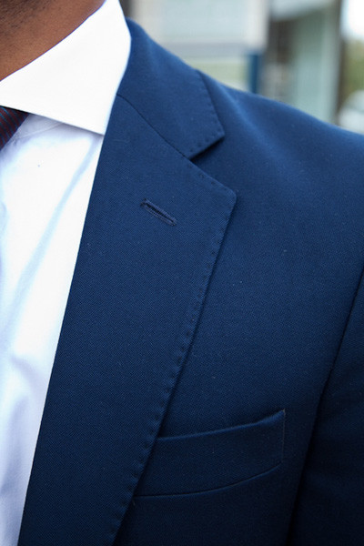 Henry Herbert Bespoke Suit Kalps de Silva Suit Detail The navy blue suit for lifes most important occassions
